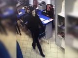 Неудачливый налетчик в маске может получить до 15 лет лишения свободы